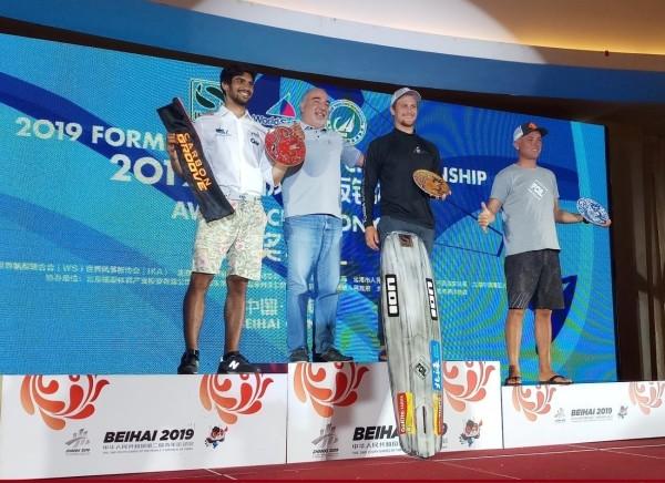 Mario Calbucci sul podio in Cina