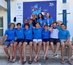 La squadra giovanile Laser con ila presidente Mazzaferro e il c.t. Sabbatini
